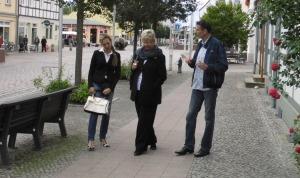 Anita Tack in der Innenstadt (31)