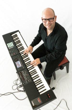 Stephan-Ziron-_-Piano_web (2)