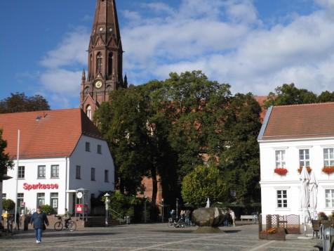 pk_okt-2016_marktplatz-mit-kirche-quer