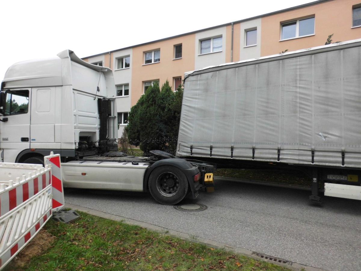Unfall mit Zugmaschine am Hainholzweg