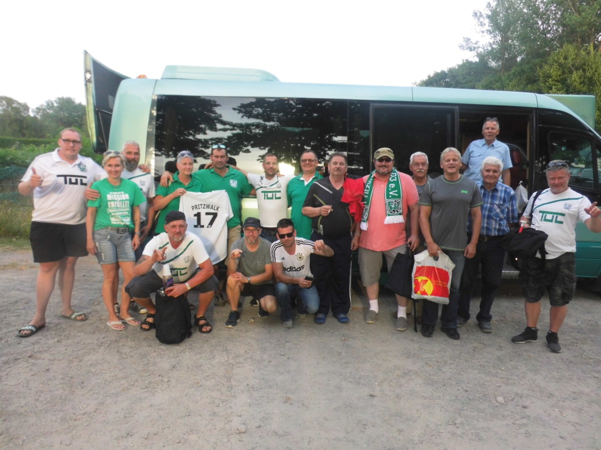Mit dem FHV-Fanbus nach Babelsberg